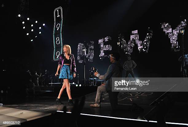 26 Taylor Swift The 1989 World Tour Live In Kansas City Photos And Premium High Res Pictures Getty Images