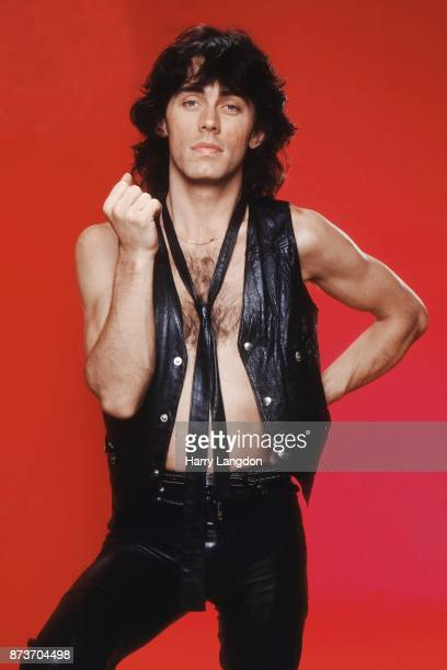 Musician Tom Petersson poses for a portrait in 1979 in Los Angeles California