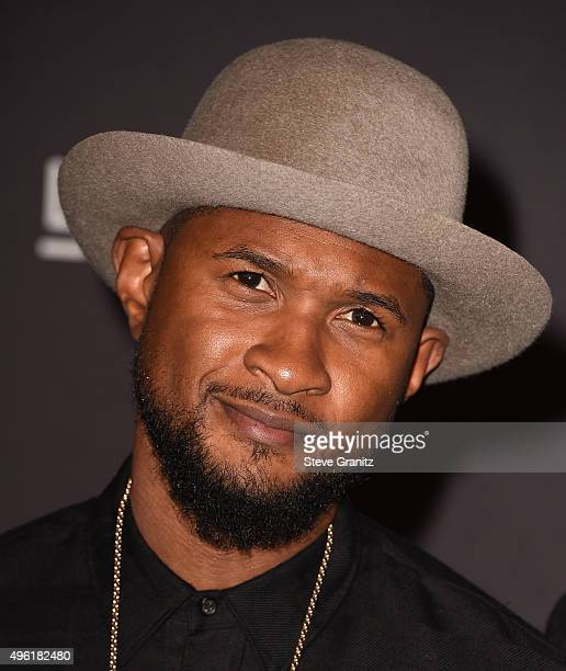 Musician Usher attends LACMA 2015 ArtFilm Gala Honoring James Turrell and Alejandro G Iñárritu Presented by Gucci at LACMA on November 7 2015 in Los...