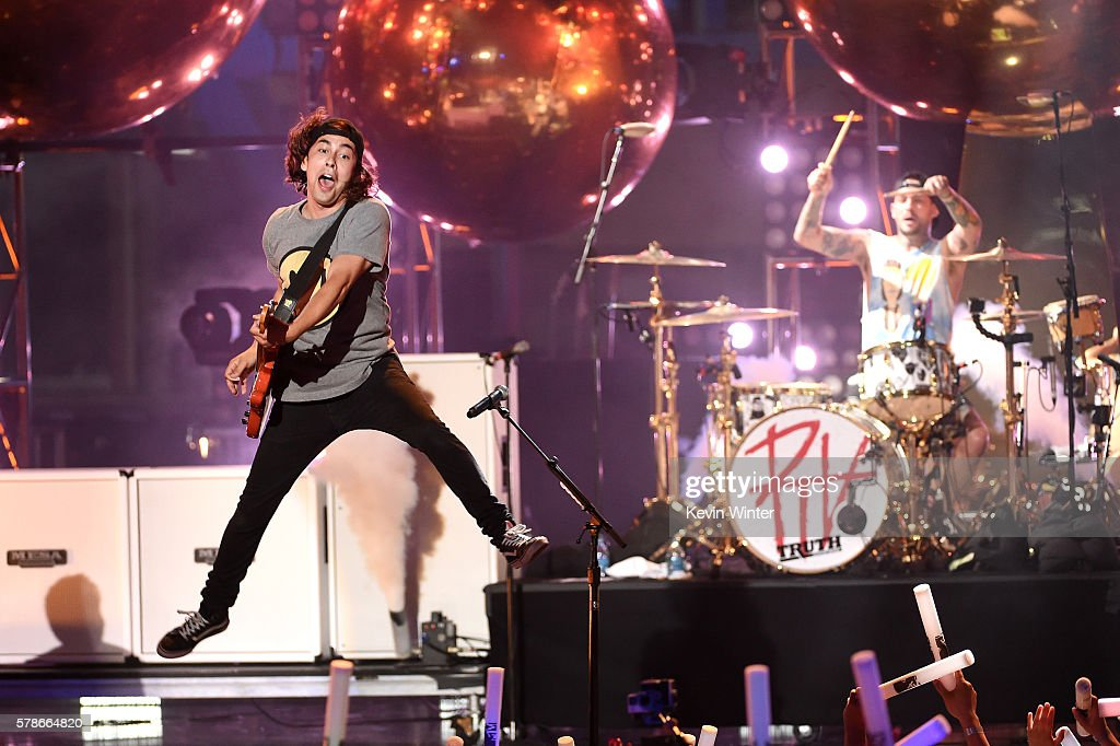 Musician Vic Fuentes of band Pierce the Veil performs onstage at the MTV Fandom Awards San Diego at PETCO Park on July 21, 2016 in San Diego, California.