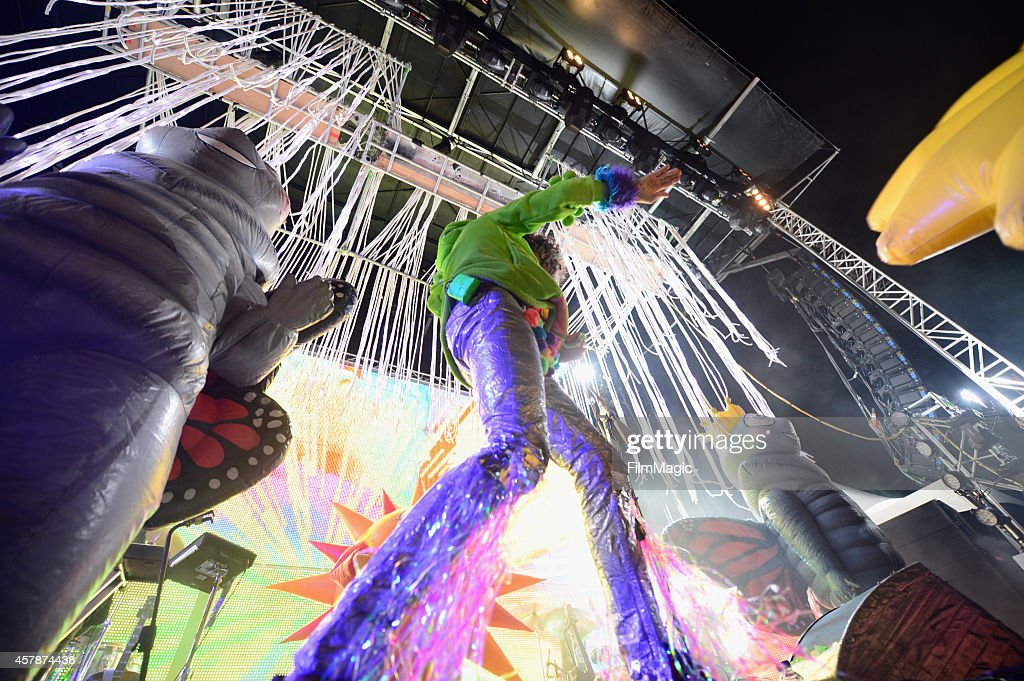 Musician Wayne Coyne of The Flaming Lips performs onstage during day 2 of the 2014 Life is Beautiful iestival on October 25, 2014 in Las Vegas, Nevada.