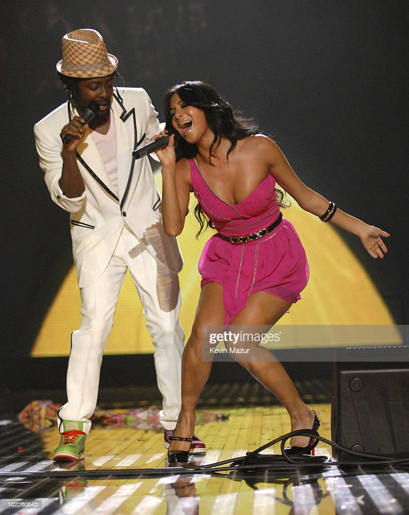 Will.i.am joined Nicole Scherzinger on stage in 2007 to perform their duet 'Baby Love'.