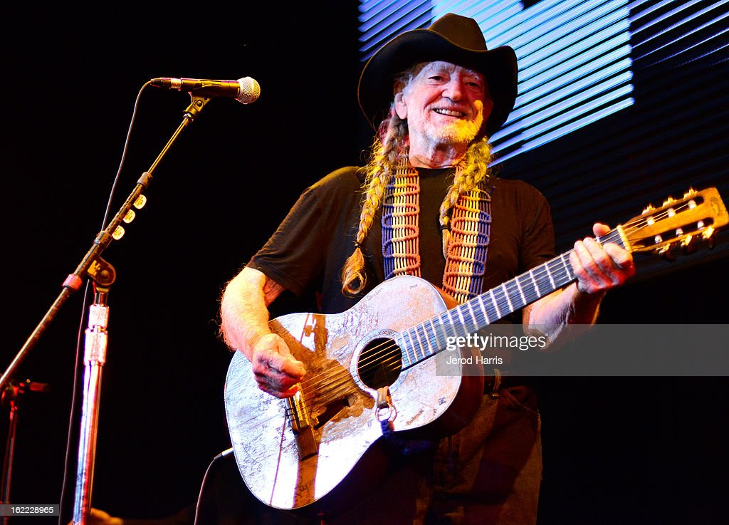 Musician Willie Nelson performs onstage at Global Green USA's 10th Anniversary Pre-Oscar Party sponsored by H&M at Avalon on February 20, 2013 in Hollywood, California.