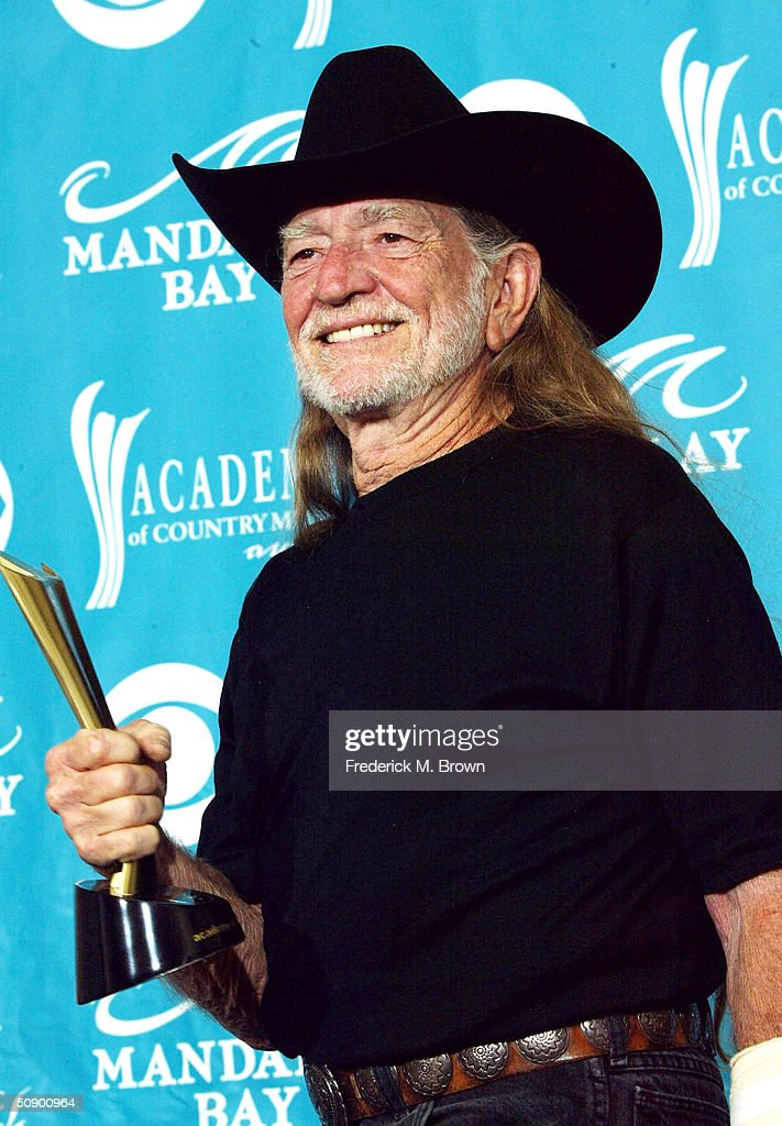 Willie Nelson Turns 80