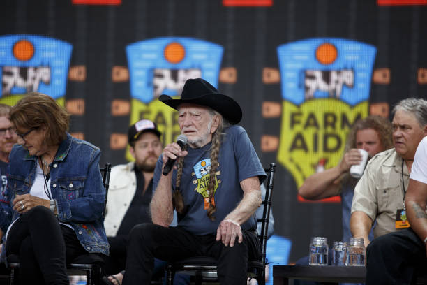 WI: Farm Aid Festival Raises Funds To Keep Family Farms Alive