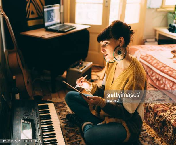 musician working on new song - keyboard player stock pictures, royalty-free photos & images
