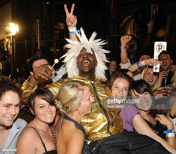 Musician Wyclef Jean arrives at the MTV Australia Awards 2008 at the Australian Technology Park Redfern on April 26 2008 in Sydney Australia This...