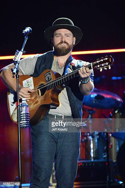Musician Zac Brown of Zac Brown Band performs onstage during 'The Concert For Valor' at The National Mall on November 11 2014 in Washington DC