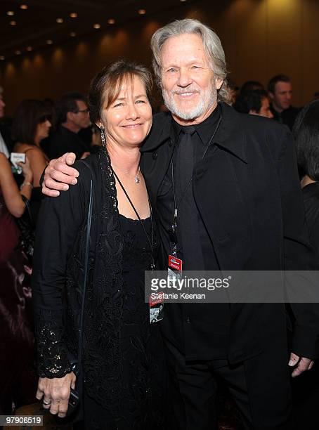 Musician/actor Kris Kristofferson and wife Lisa attend Celebrity Fight Night XVI on March 20 2010 at the JW Marriott Desert Ridge in Phoenix Arizona
