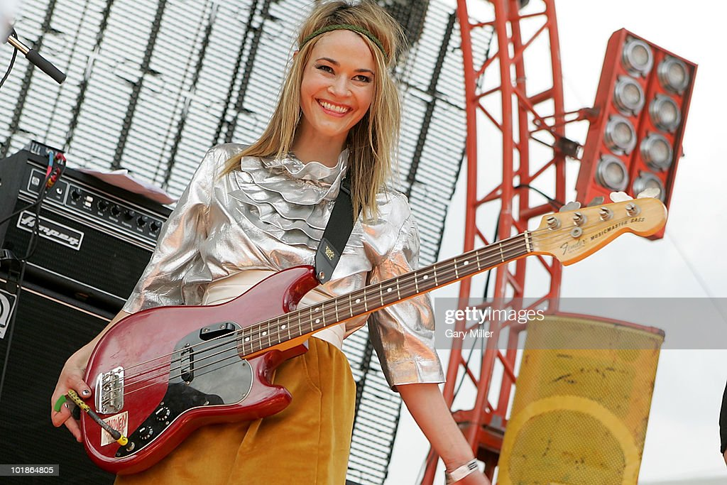 Musician/actress Leisha Hailey performs in concert with Uh Huh Her during the Free Press Summerfest at Eleanor Tinsley Park on June 6, 2010 in Houston, Texas.