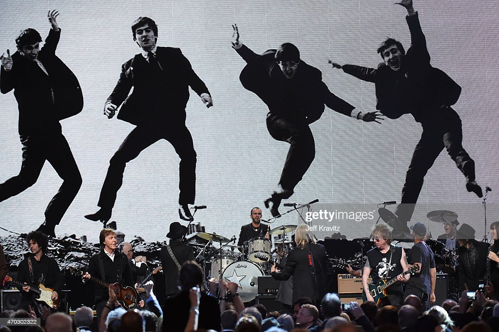 Musicians and inductees perform onstage with inductee Ringo Starr during the 30th Annual Rock And Roll Hall Of Fame Induction Ceremony at Public Hall on April 18, 2015 in Cleveland, Ohio.