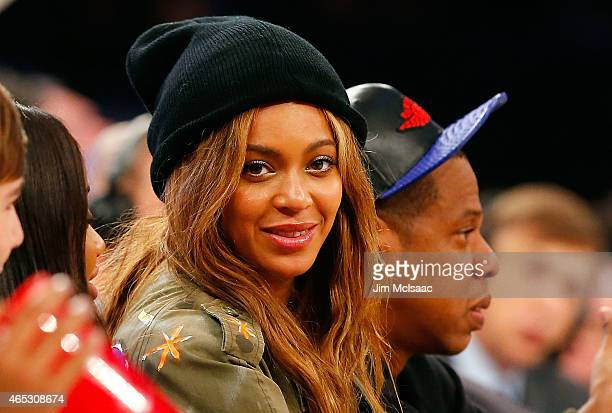 Musicians Beyonce and JayZ attend the 2015 NBA AllStar Game at Madison Square Garden on February 15 2015 in New York City The Western Conference...