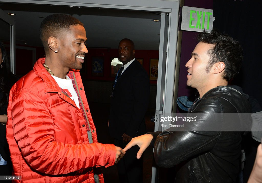 The 55th Annual GRAMMY Awards - Backstage at The GRAMMYs Dial Global Radio Remotes - Day 2 : News Photo
