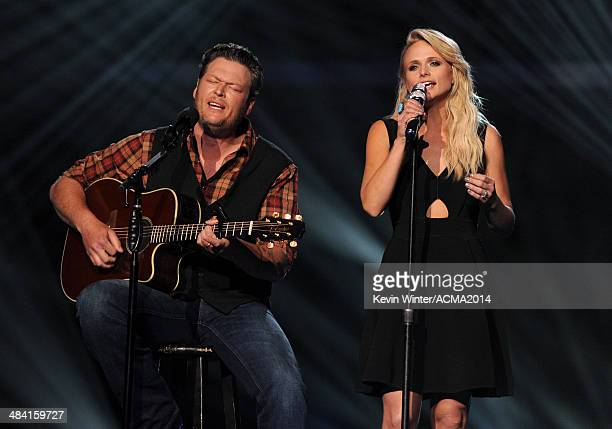 Musicians Blake Shelton and Miranda Lambert perform onstage during ACM Presents An AllStar Salute To The Troops at the MGM Grand Garden Arena on...