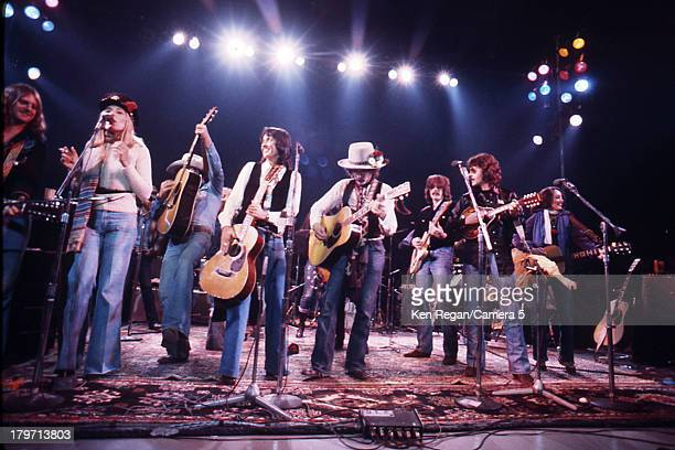 Musicians Bob Dylan Joan Baez and The Band of Merry Players are photographed onstage during the Rolling Thunder Revue in 1975 CREDIT MUST READ Ken...