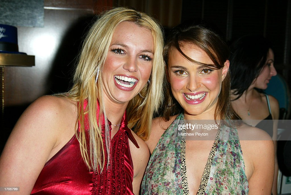 Hanging Out With Britney And Natalie : News Photo