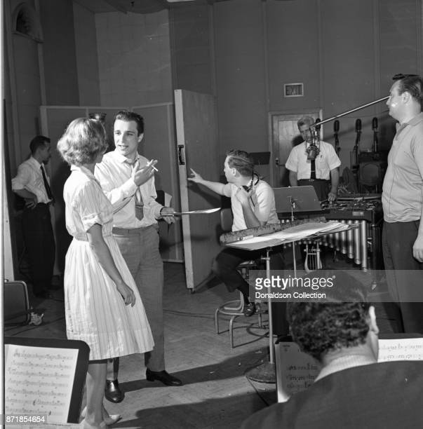 Musicians Carole King Barry Mann Alan Lorber and Don Kirshner as Barry Mann records for JDS Records with Carole king on July 18 1959 in New York