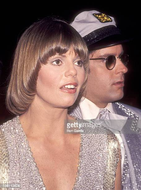 Musicians Daryl Dragon and Toni Tennille of Captain and Tennille attend the 19th Annual Grammy Awards on February 19, 1977 at Hollywood Palladium in...