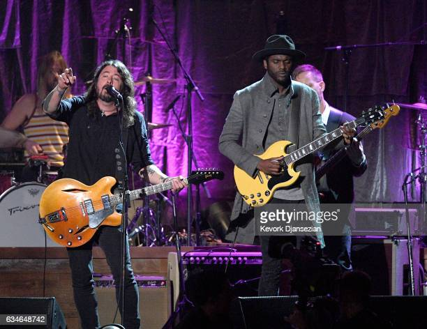 Musicians Dave Grohl of the Foo Fighters and Gary Clark Jr perform onstage during MusiCares Person of the Year honoring Tom Petty at the Los Angeles...