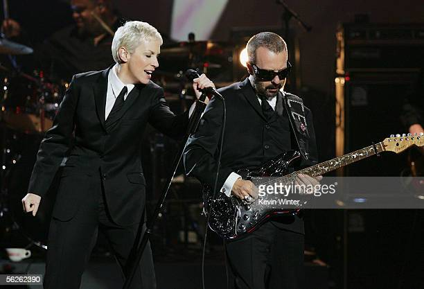 Musicians Dave Stewart and Annie Lennox of the band Eurythmics perform onstage at the 2005 American Music Awards held at the Shrine Auditorium on...