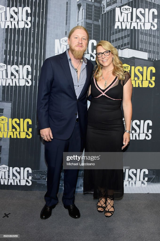 Musicians Derek Trucks (L) and Susan Tedeschi attend the 2017 CMT Music Awards at the Music City Center on June 7, 2017 in Nashville, Tennessee.