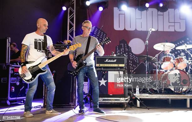 Musicians Doni Blair and Vaden Todd Lewis of the Toadies perform in concert at Stubb's BarBQ on November 10 2017 in Austin Texas