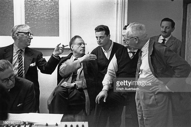 Musicians during a recording session for Mozart's 'Cosi fan tutte', London, 12th September 1962. Standing, left to right: record producer Walter...