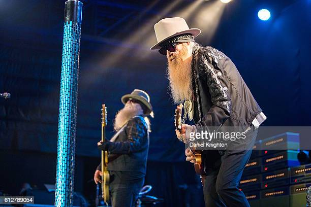 Musicians Dusty Hill and Billy Gibbons of ZZ Top perform on stage at Humphrey's on October 4 2016 in San Diego California