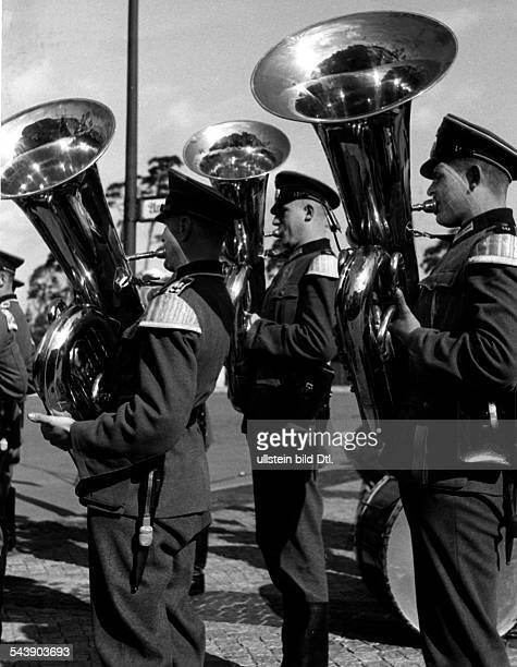 Musicians in military band playing the tuba Photographer Curt Ullmann Published by 'Hier Berlin' 36/1040Vintage property of ullstein bild