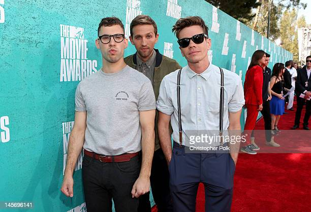 Musicians Jack Antonoff Andrew Dost and Nate Ruess of Fun arrives at the 2012 MTV Movie Awards held at Gibson Amphitheatre on June 3 2012 in...