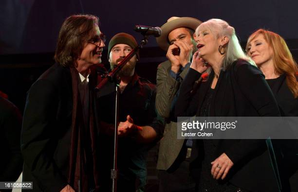 Musicians Jackson Browne Zac Brown Ben Harper Emmylou Harris and Patti Scialfa perform onstage at MusiCares Person Of The Year Honoring Bruce...