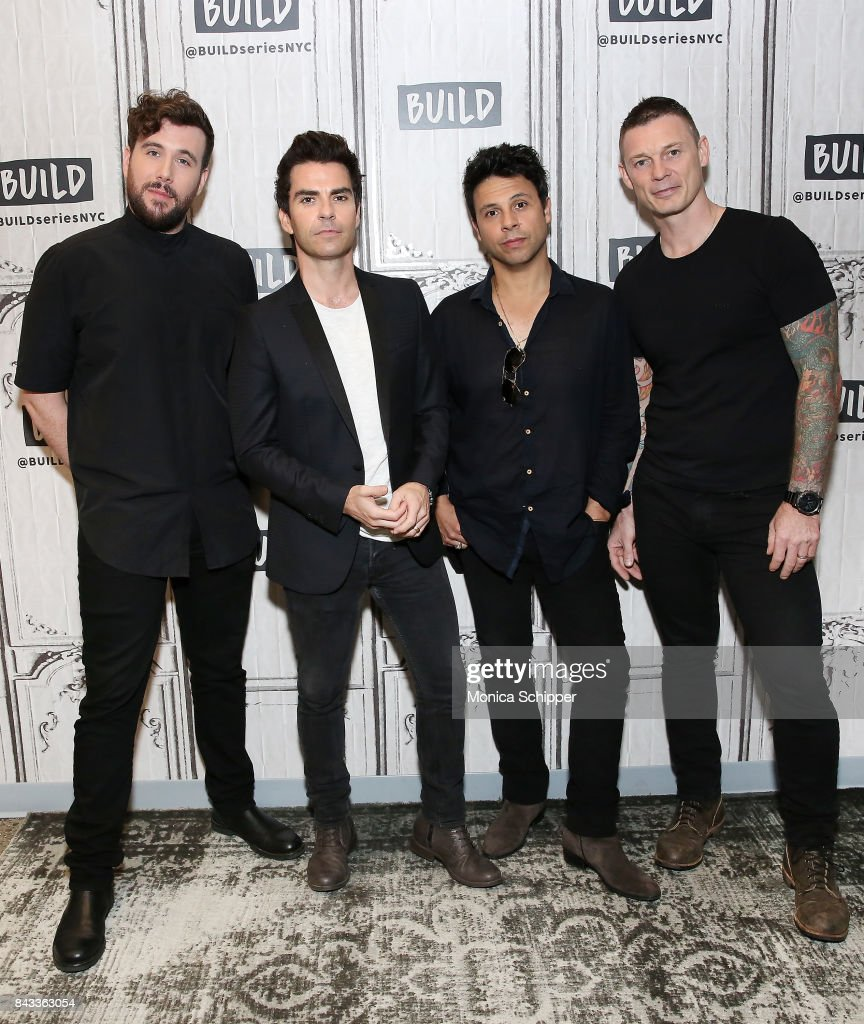 "Build Presents Stereophonics Discussing Their Upcoming Album ""Scream Above The Sounds"""
