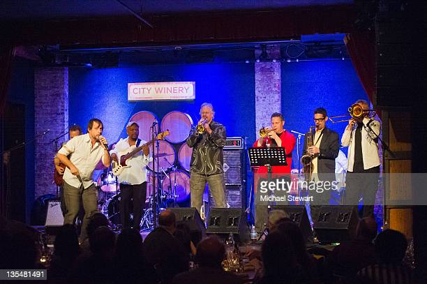 Musicians Jason Paige Gary Foote Steve Jankowski Jerry Sokolov Ken Gioffre and Jens Wendelboe of Blood Sweat Tears perform at the City Winery on...