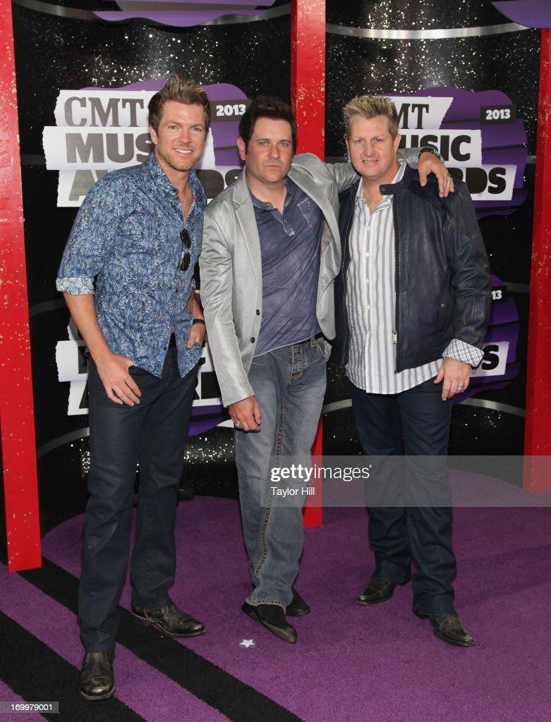 2013 CMT Music Awards - Arrivals