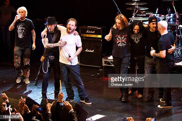Musicians John 5 Dave Navarro Corey Taylor Ginger Fish Roy Mayorga Dave Lombardo and Scott Ian perform at the All Star Concert benefiting Drop In The...