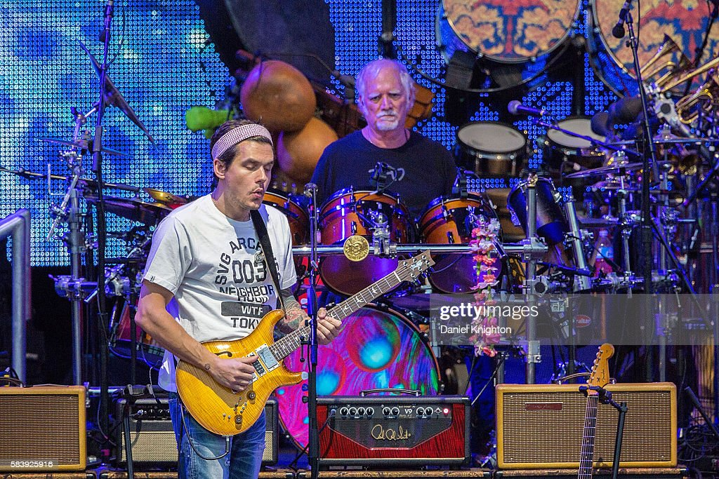 Musicians John Mayer (L) and Bill Kreutzmann of Dead & Company perform on stage at Sleep Train Amphitheatre on July 27, 2016 in Chula Vista, California.