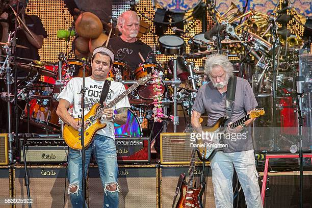 Musicians John Mayer Bill Kreutzmann and Bob Weir of Dead Company perform on stage at Sleep Train Amphitheatre on July 27 2016 in Chula Vista...
