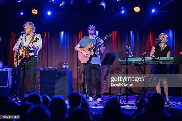 Musicians Justin Hayward Mike Dawes and Julie Ragins of Justin Hayward perform on stage at Belly Up Tavern on September 20 2015 in Solana Beach...