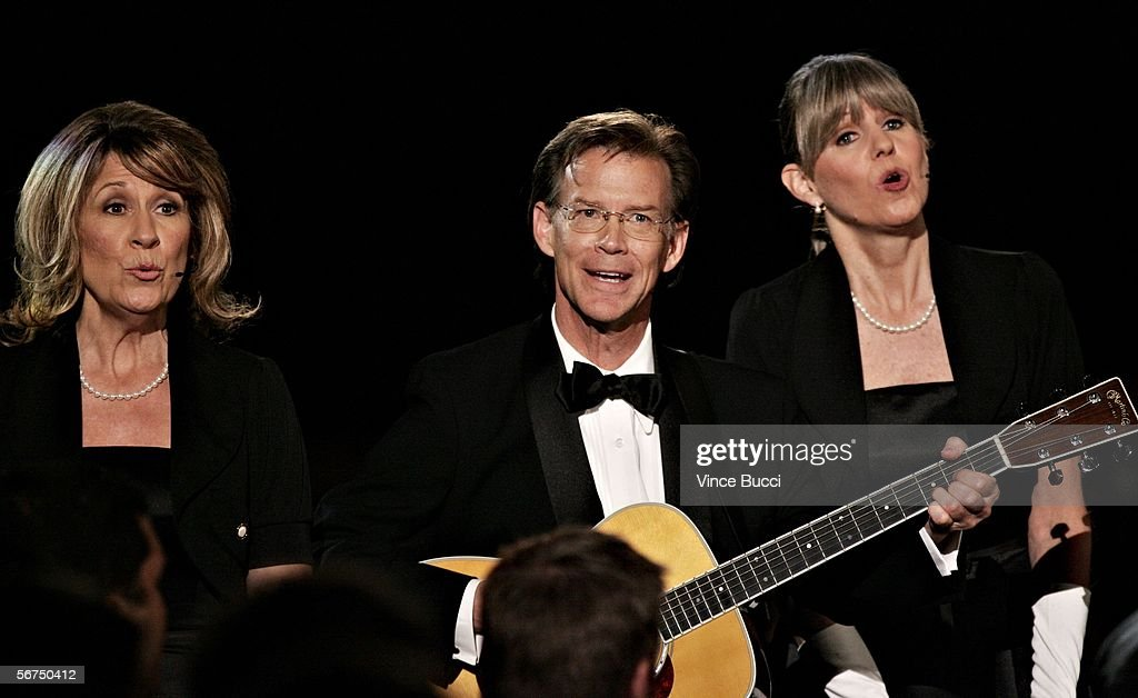 Musicians Kathy Coon, Steve Coon and Mandi Stanley of the band 'Scambooty' perform onstage during the 2006 Writers Guild Awards held at The Hollywood Palladium on February 4, 2006 in Hollywood, California.