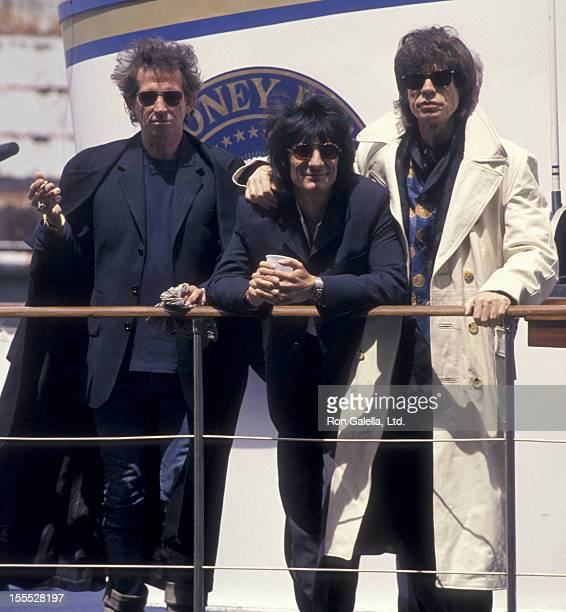 Musicians Keith Richards Ron Wood and Mick Jagger attend the press conference for Rolling Stones Voodoo Lounge Tour on May 3 1994 at Pier 60 in New...