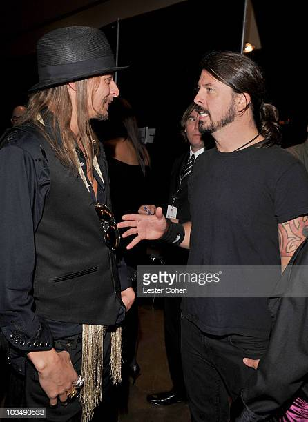 Musicians Kid Rock and Dave Grohl attend the 2009 MusiCares Person of the Year Tribute to Neil Diamond at the Los Angeles Convention Center on...
