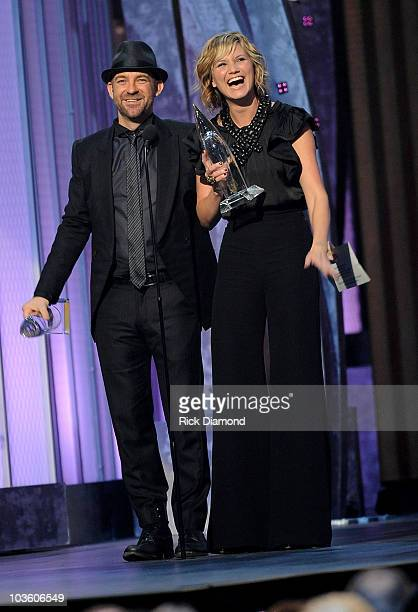 """Musicians Kristian Bush and Jennifer Nettles of Sugarland accept the award for """"Vocal duo of the year"""" on stage during the 42nd Annual CMA Awards at..."""