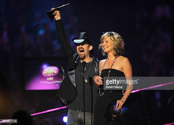 Musicians Kristian Bush and Jennifer Nettles of Sugarland onstage during the 2008 CMT Music Awards at the Curb Event Center at Belmont University on...