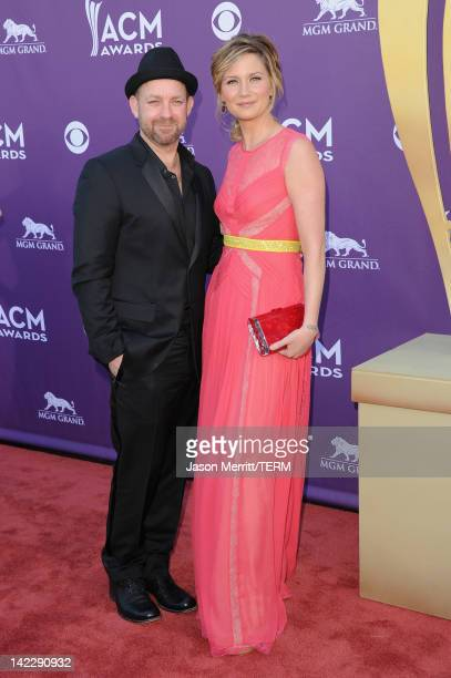 Musicians Kristian Bush and Jennifer Nettles of the band Sugarland arrive at the 47th Annual Academy Of Country Music Awards held at the MGM Grand...