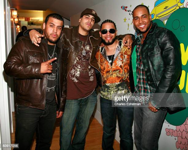 Musicians Lenny Santos Max Santos Henry Santos Jeter and Anthony Santos of the bachata pop band Aventura visit MTV's Mi TRL at the MTV studios in...