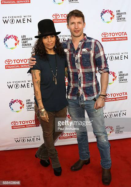 Musicians Linda Perry and James Blunt attend 'An Evening With Women' charity event at The Hollywood Palladium on May 21 2016 in Los Angeles California