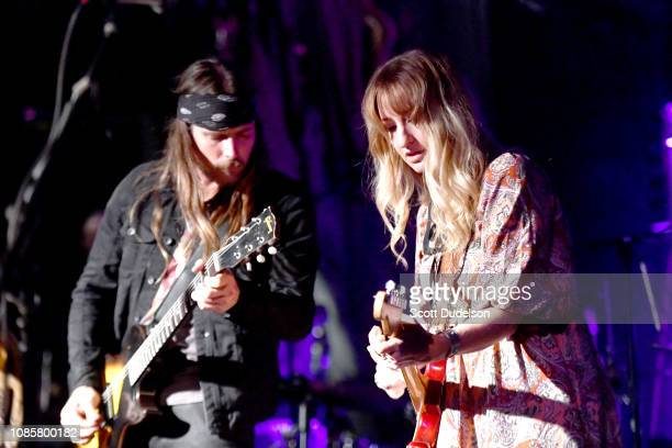 Musicians Lukas Nelson and Margo Price perform with his band Promise of the Real onstage during the Love Music Benefit for victims of the Woolsey...