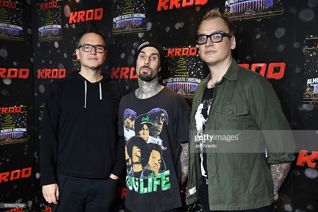 106.7 KROQ Almost Acoustic Christmas 2016 - Night 1 : News Photo