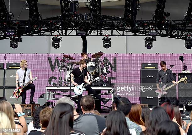 Musicians Michael Clifford Luke Hemmings Ashton Irwin and Calum Hood of 5 Seconds of Summer during the Citi ThankYou cardmember preshow soundcheck...