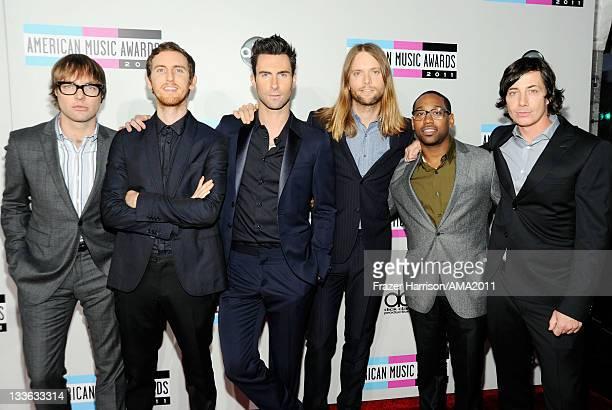 Musicians Michael Madden Jesse Carmichael Adam Levine James Valentine PJ Morton and Matt Flynn of Maroon 5 arrive at the 2011 American Music Awards...
